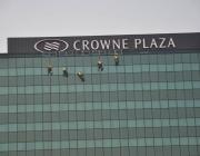 visinski-radovi-pranje-prozora-crowne-plaza-6