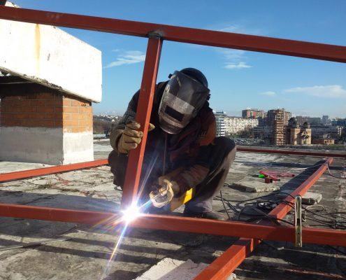 Montaža podkonstrukcije za limeni krov