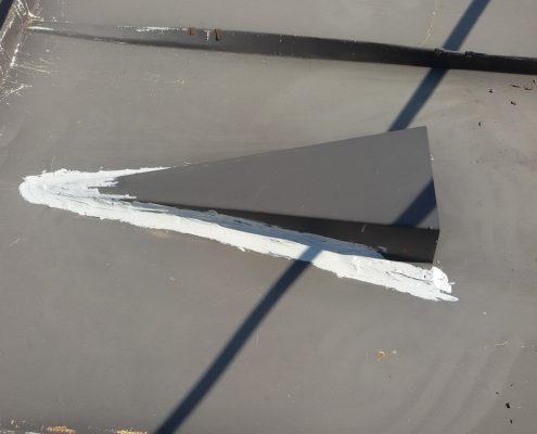 Hidroizolacija ventilacionih otvora na limenom krovu